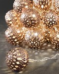 KONSTSMIDE LED-Kugel-Lichterkette 24 kupferne LED-Metallkugeln warmweiß