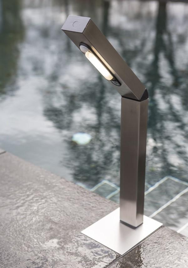 Solar led sockelleuchte reader park 4 smd led warmwei for Hochwertige solarleuchten