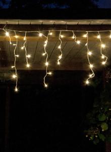 fhs led eisregen lichterkette 480 led warmwei. Black Bedroom Furniture Sets. Home Design Ideas