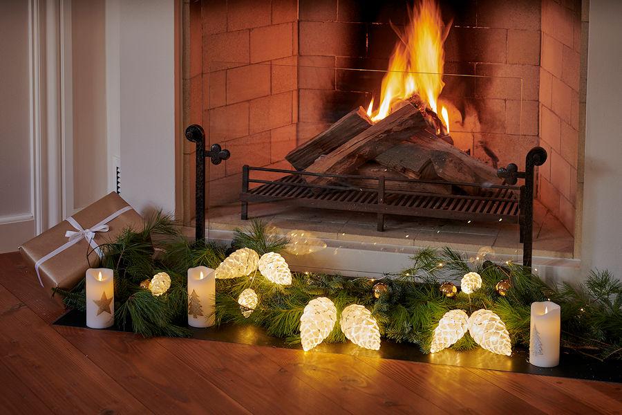 Weihnachtsbeleuchtung Tannenzapfen.Sirius Led Tannenzapfen Celina Cone Snowy 15 Cm 20 Warmweiße Led