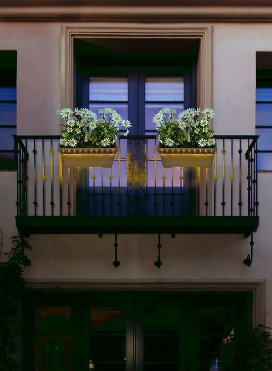 HEITRONIC Solar-Blumenkasten mit externem Solarmodul, 20 warmweiße LED