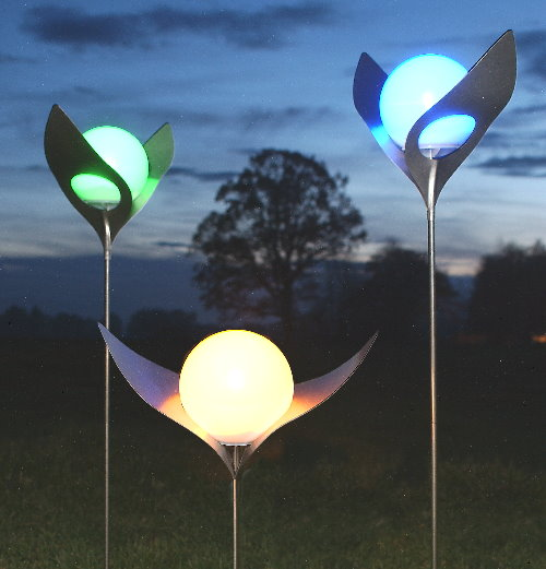 kunstschmiede solarleuchte lichtbl te regina handgeschliffener edelstahl. Black Bedroom Furniture Sets. Home Design Ideas